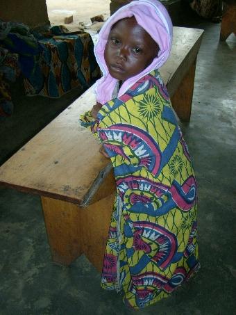 """Fundacja SALVATTI.pl dostarcza """"pokarm dla życia"""" dzieciom w Rwandzie i Kongo"""